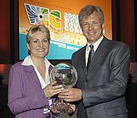 MPI award - Sarah Lowis receiving the Global Paragon Award